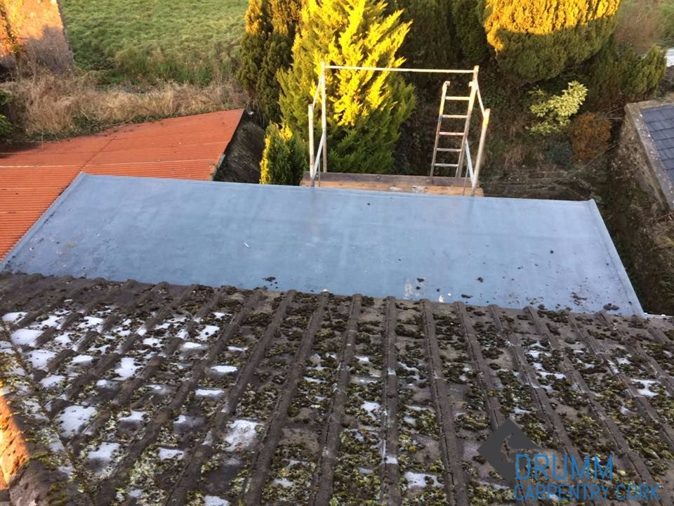 Roofing contractors cork